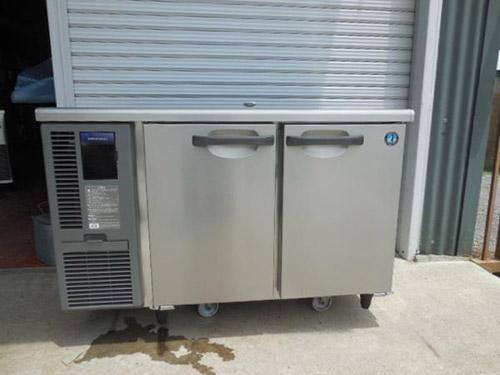 ホシザキテーブル形冷凍冷蔵庫RT-120SNF